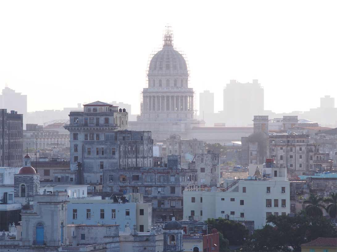 The amazing city scape of Havana and it's haunting buildings